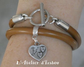 """Bracelet """"Je t'aime"""" cuir rond marron, breloque coeur gravée et fermoir toggle"""