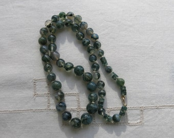 Moss agate bead necklace