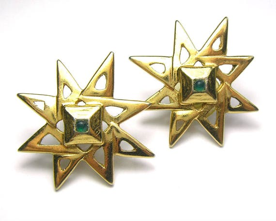 Vintage Gold Tone Star Shaped Earrings with Green Stones