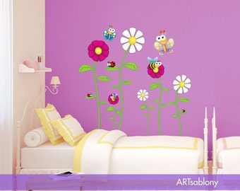 Wall Sticker Bugs with  flowers (3418f)