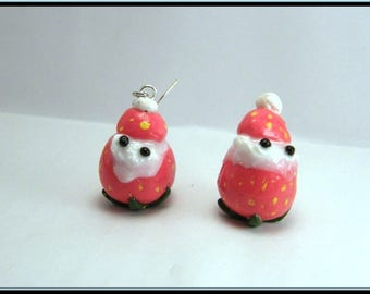 Boucles d'oreille fraise/chantilly en fimo.