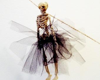 PDF How To Instructions: DIY Dressed Skeleton Garland Banner, Halloween Decoration, Skeleton Tutu, Goth Wedding, No Sew, Miss Otis Regrets