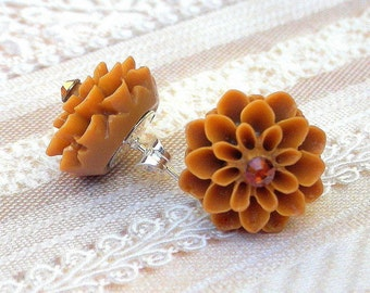 Cafe au lait brown flower earrings, brown stud earrings, cocoa floral with crystal