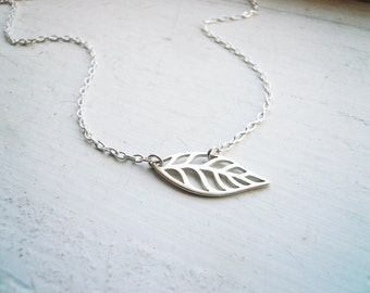 Little Silver Leaf Necklace in Sterling Silver - Sweet and Simple