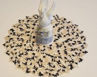 Handmade crochet doily, Crochet doily, Table topper, handmade, gift for her, gift for mom, shower gift, 12 inch doily, 30.48 cm, wedding