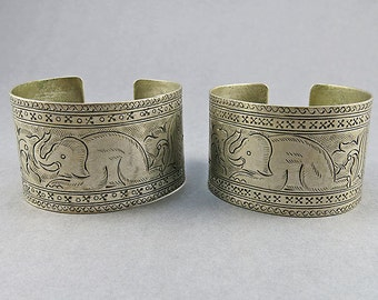 Vintage Cuff Bangle Ethnic Jewellery 2 Silver Plate Bangle Statement Bracelet Mid Century Jewelry Vintage Jewellery Tribal Jewelry