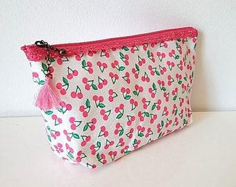 Cherry print 20x11cm fuchsia lace make-up pouch