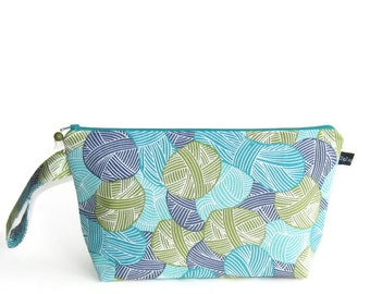 Wedge Bag, Small-Project Knitting Bag, Wound Up in blue