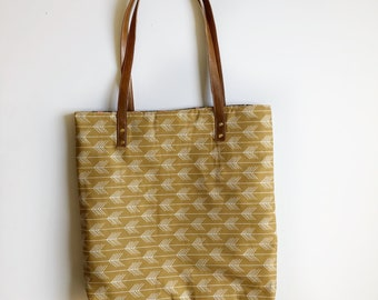 Mustard arrow simple tote
