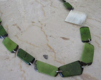 Green Tagua Necklace, Ecofriendly Necklace, Tagua Nut Necklace, Statement Necklace, Tagua nut jewelry