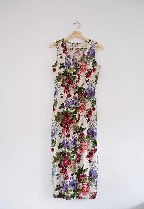 Fitted Floral Pencil Dress