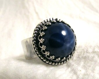 Star Sapphire and Sterling statement ring, 4.75