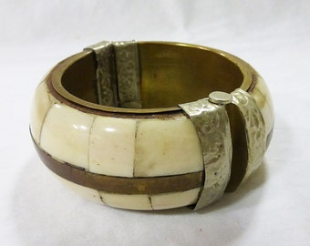 Vintage 1960's bone and wood copper silver inlay pin bangle bracelet