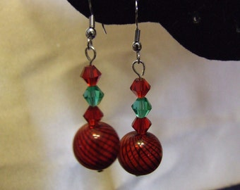 Earrings  Green and Red Glass Globe   E 11-06