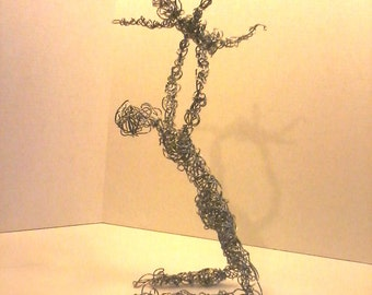 wire sculpture of father and child wire people wire bending miniture statue metal sculpture paper weight fathers day dad and son