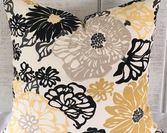 "Flowered 18"" Pillow cover / ready to ship/ cottage, modern / SALE"