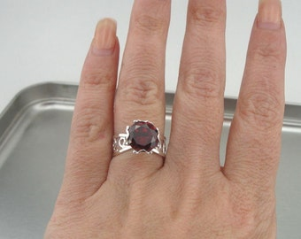 Solitaire Ring, Engagement Woman Unique 925 filigree sterling Silver red garnet Cz Ring Size 7 (r 10007g)