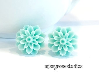 mint stud earrings, seafoam green earrings, plastic flower earrings, earrings handmade, mother gift from daughter, large stud earrings