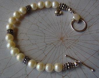 Pearl and Sterling Silver Bracelet - Freshwater White Pearl Bracelet - Artisan Bracelet - Wedding Bracelet - Beach Bracelet - SRAJD