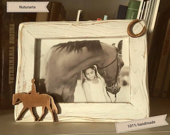 Picture frame with english riding silhouette
