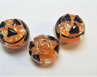 Glow in the dark pumpkin beads 2pc
