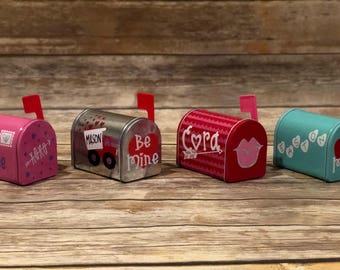 Personalized Mini Valentine's Day Mailboxes