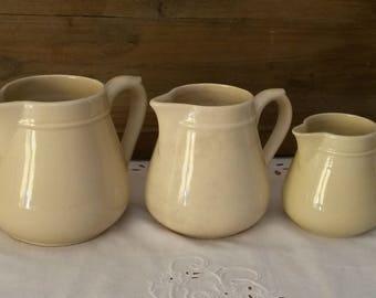Set of 3 milk jars