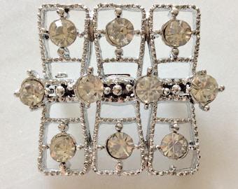 Vintage Diamonte Clear Rhinestone Brooch . Silver Toned . Art Deco. Geometric . Era 1960's . Statement Jewelry . Retro Costume Jewelry