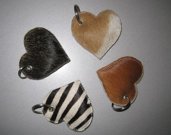 6.5 cm heart pendant made from cow hide