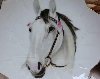 Kipper and Mann 3 White Horse plates Vintage Leaf Pattern
