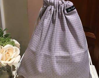 Drawstring bag (1x) Gray with white small diamond pattern