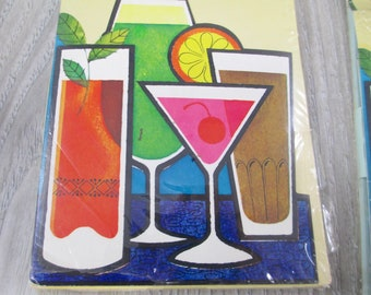 16  Vintage Party Invites Summer Drinks Cocktail Invitations Retro 1970s Mod Retro Party Cards Envelopes in Package Set Great Graphics