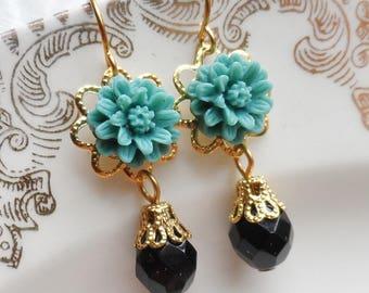 75% Off Price Sale, Teal, Blue-Green, Mum Flower, Gold Tone Filigree, Czech Glass Bead
