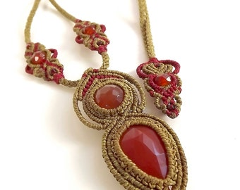 Macrame Necklace, Macrame Pendant, Carnelian Necklace In Khaki And Red, Boho Jewelry