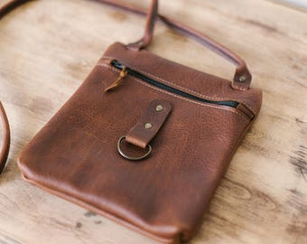Small Kodiak leather zippered cross body, leather crossbody, brown leather bag, distressed leather bag, natural leather bag, handmade