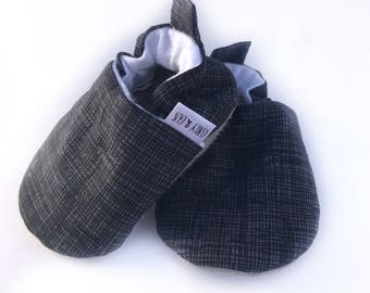 Charcoal Crosshatch Baby Shoes, Baby Moccs, Soft Sole Baby Shoes, Baby Booties, Baby Moccasins,Baby Moccasin, Toddler Slippers,Baby Boy Shoe