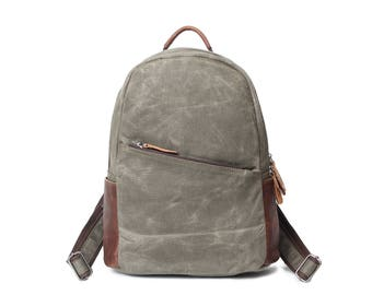 Vintage Style Leather Canvas Backpack  (Olive)