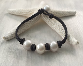leather pearl bracelet, gift for her, pearl bracelet, leather bracelet, freshwater pearl bracelet, leather pearl, leather bracelet