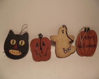 Vintage Halloween Folk Art Wood Hand-Painted Ornaments Lot of 4 Black Cat Ghost Jack O Lantern