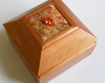 Ring/Earring/Trinket/Keepsake/Jewellery/Decorative/Wooden Box