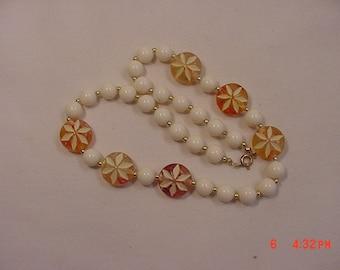 Vintage Peach & White Plastic Bead Necklace  18 - 826  M