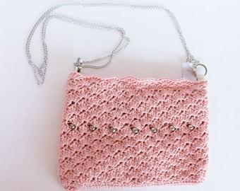 Elegant handbag vintage pink and metal