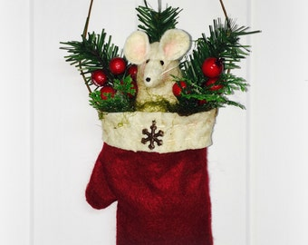 Christmas Mitten Mouse Ornament