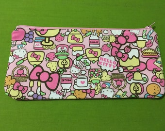 Hello Kitty zippered pouch