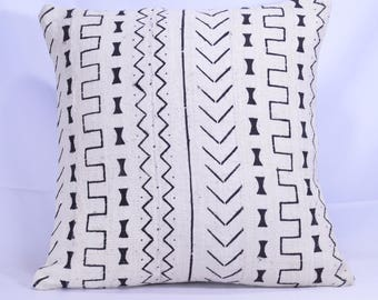 19x19 Double-Sided African Mud cloth Pillow Cover; Bogolanfini Decorative Pillow, Black & White Mudcloth Throw Pillow -BF1004c
