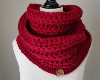 Ribbed Infinity Scarf / Infinity Cowl / Red Cowl / Red Infinity Scarf / READY TO SHIP