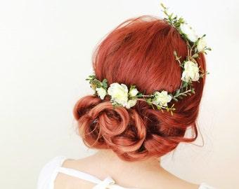 Rustic wedding headpiece, bridal hair wreath, white flower crown, woodland hair crown, golden bridal hair piece, boxwood crown, succulents