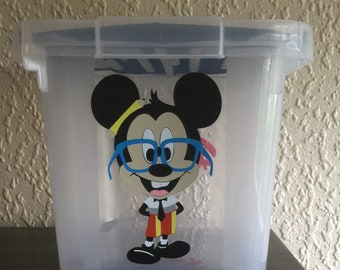 box 10 L with lid with mickey design