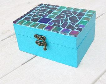 Blue mosaic jewelry box