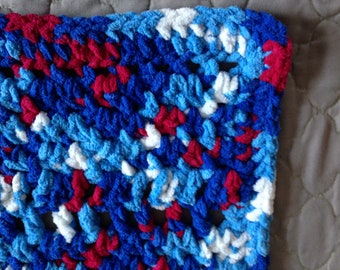 Red, White and Blue Chunky Preemie Baby Blanket